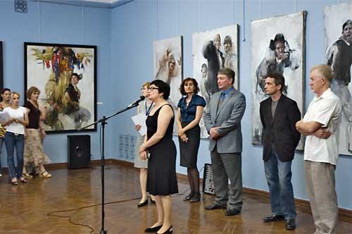 Николай Блохин на открытии выставки