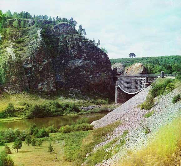 Мост Белелюбского